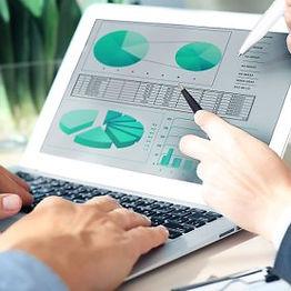 analystes financiers digiSchool.jpg