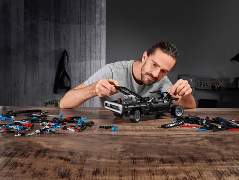 """LEGO® ve Universal işbirliklerini """"Hızlı ve Öfkeli"""" serisiyle büyütüyor"""