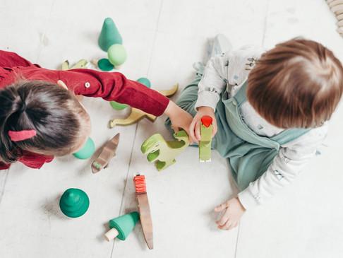 Çocukları Koronavirüs'ten koruma ve güvende tutmanın yolları