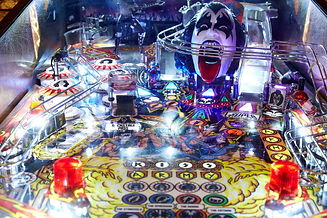 Kiss the band pinball game