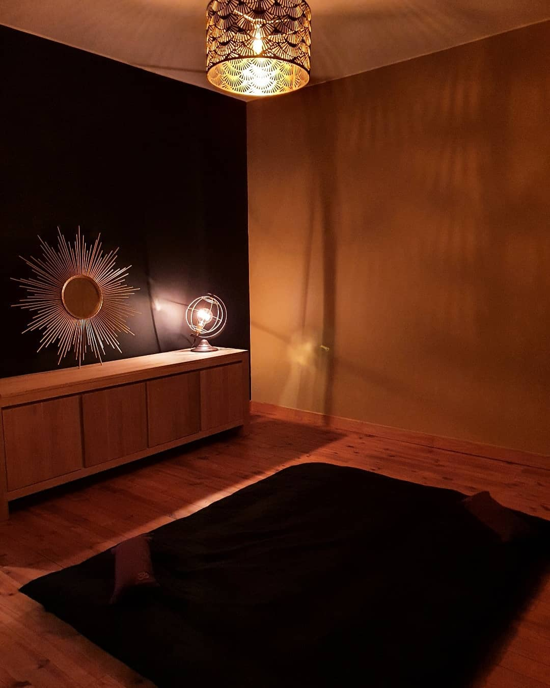 Salle de massage femme enceinte