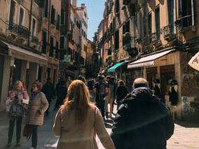 Why You Should End Every Day with a Passeggiata