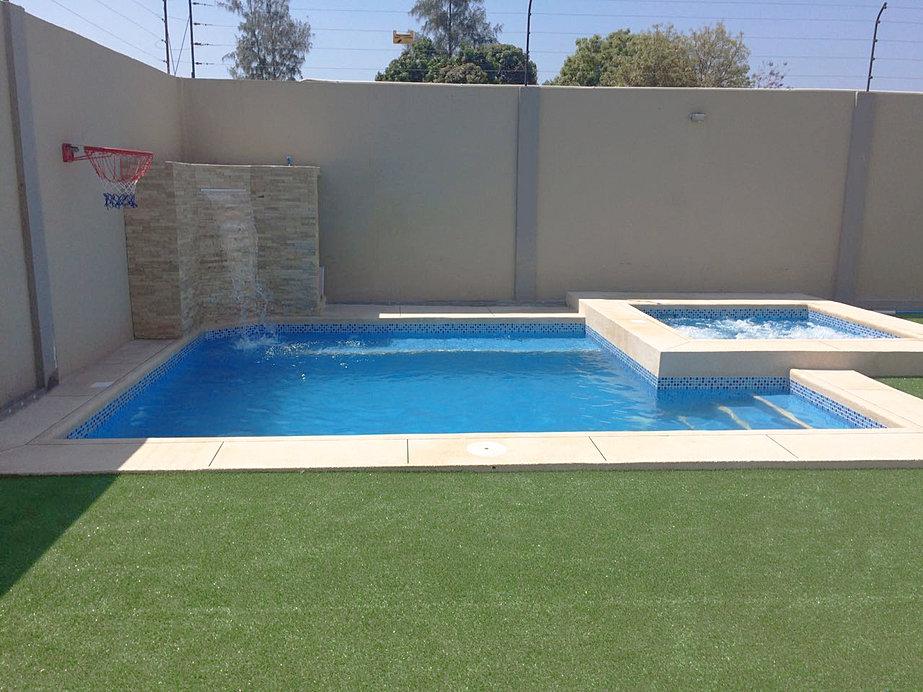 Cuanto vale construir una piscina awesome piscinas for Cuanto cuesta construir una pileta