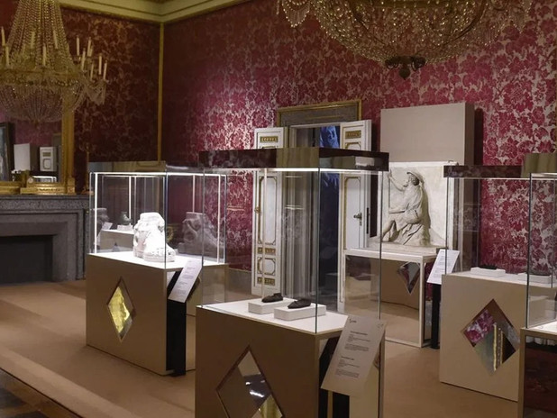 Ai piedi degli dèi. L'arte della calzatura tra antica Roma, cinema colossal e moda contemporanea