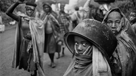 Exodus. In cammino sulle strade delle migrazioni, di Sebastião Salgado