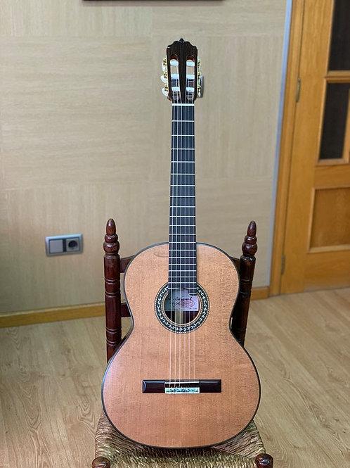 Guitare classique Amalio Burguet 1P cèdre