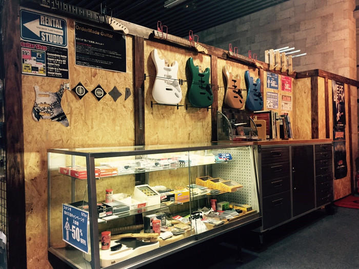 オーダーメイド・ギターコーナーが新しくなりました!