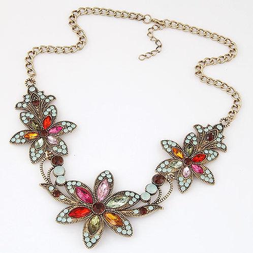 Maxi-collar de flores. (M)