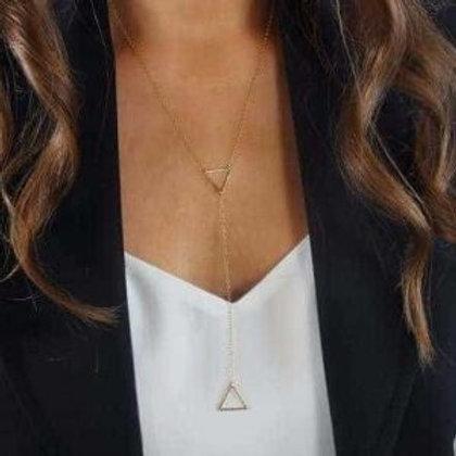 Collar Triángulos de Deseos. (M)