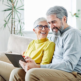 800x534_couple-looking-at-tablet-iStock-