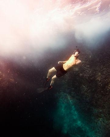 James underwater-2431-2.jpg