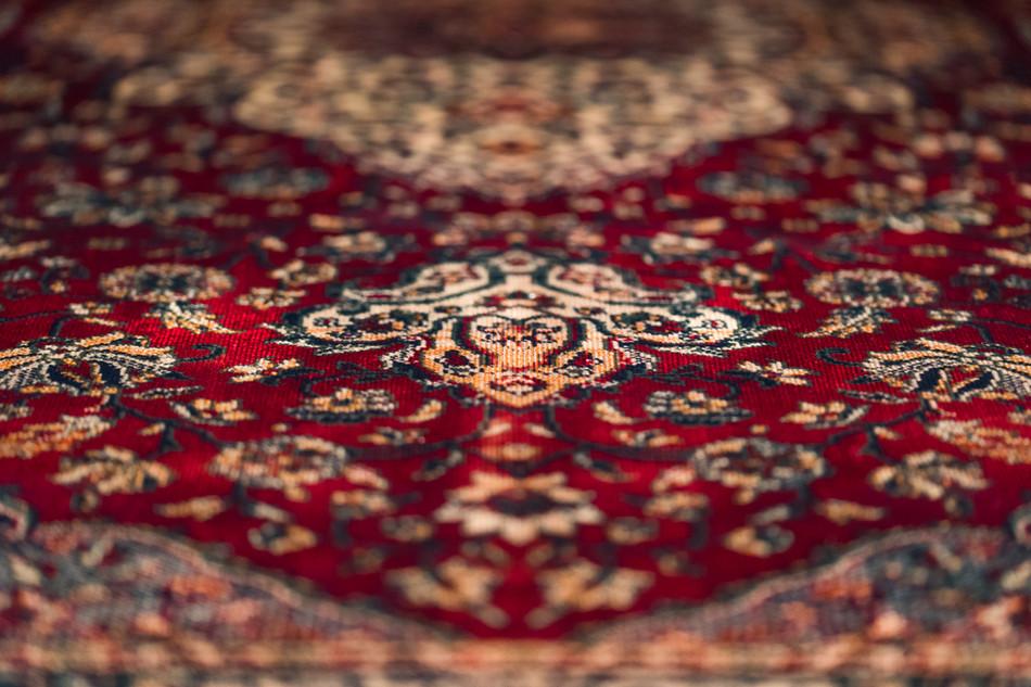 Detail carpet Café 6116 dining table - Atelier Ruben van Megen