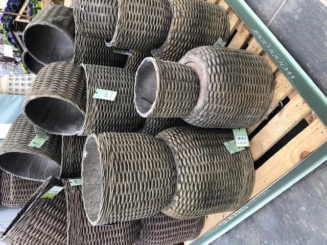 Weave Pots