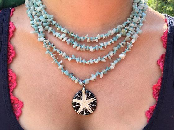 Türkis mit Stern-Amulett