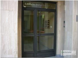 Puerta entrada comunidad hierro