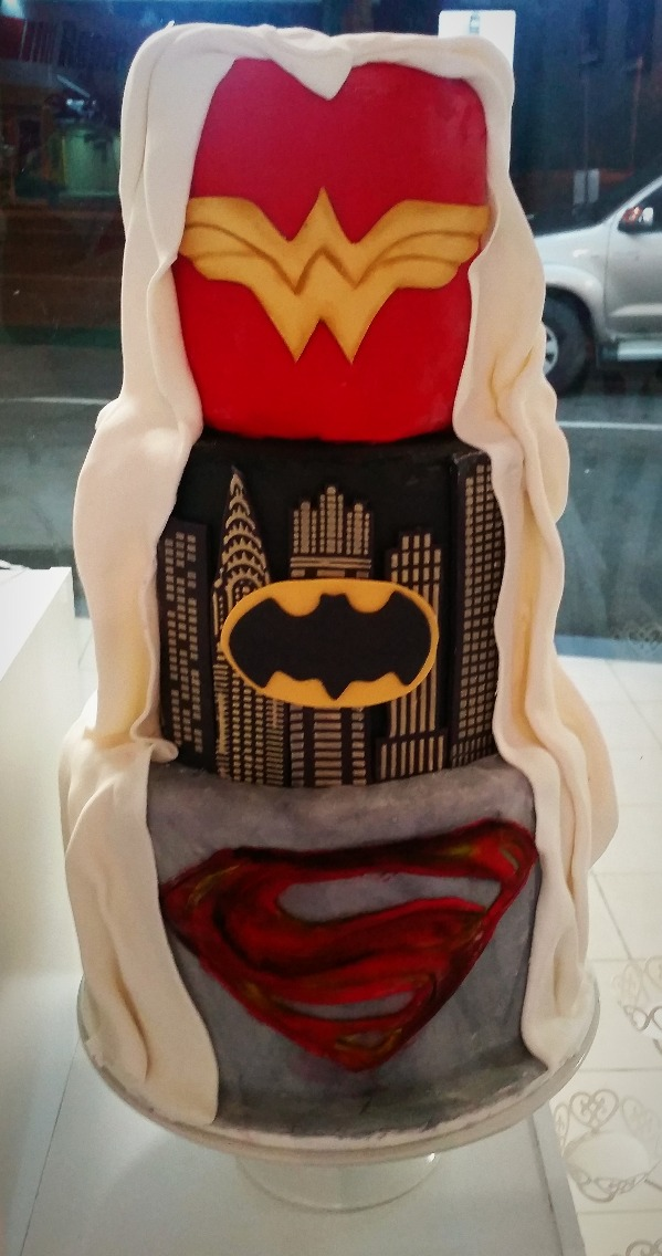 Superhero Cake - Customised