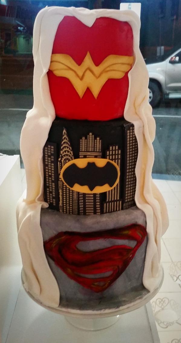 Superhero Cake - Customised