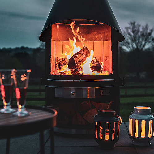 Girse Outdoor Fireplace and BBQ