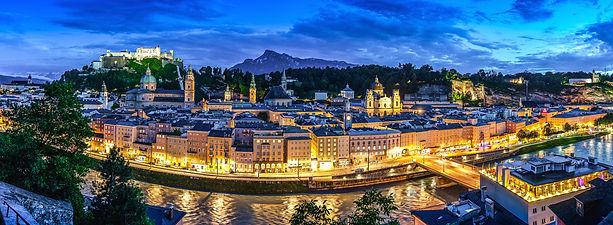 Salzburg_nachts_Panorama Kopie 2.jpg