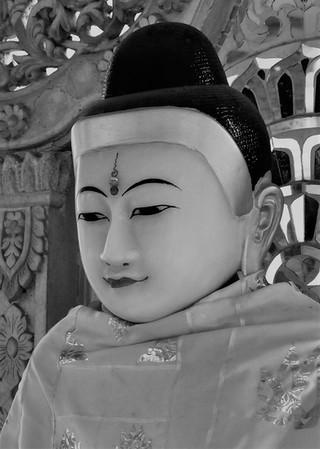 myanmar zwart wit.jpg