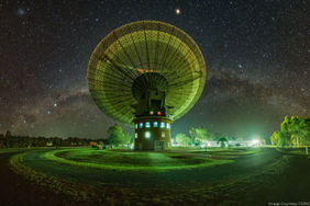 CSIRO%20Parkes%20radio%20telescope%20-%2