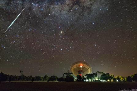 CSIRO Parkes radio telescope - meteor (1
