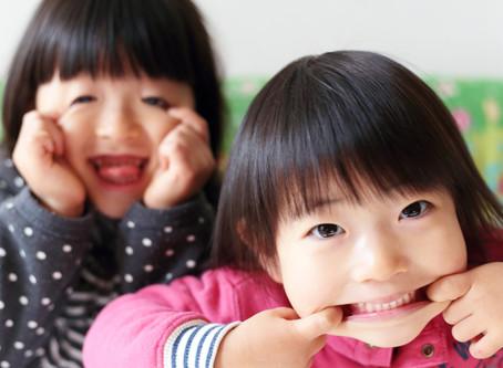 女の子のケンカは感情の整理が鍵!気持ちを受け止めるスキンシップ