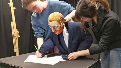 Van Gogh Writing