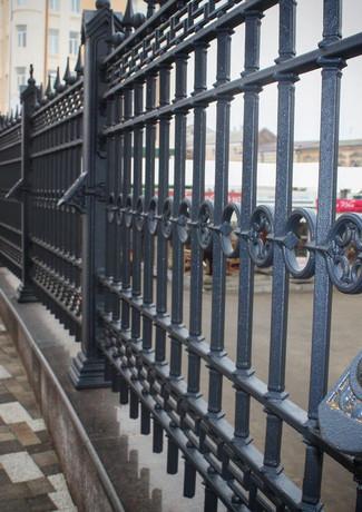 Чугунное ограждение Ростовского кафедрального собора
