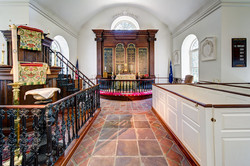 Old St Andrew's, Altar