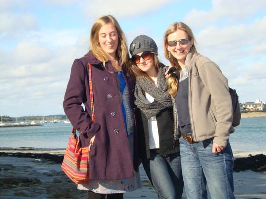 Ann Draisey, Elle Williams, Katherine Gwynne