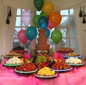 ANNIVERSAIRE ENFANT Buffet fontaine à chocolat
