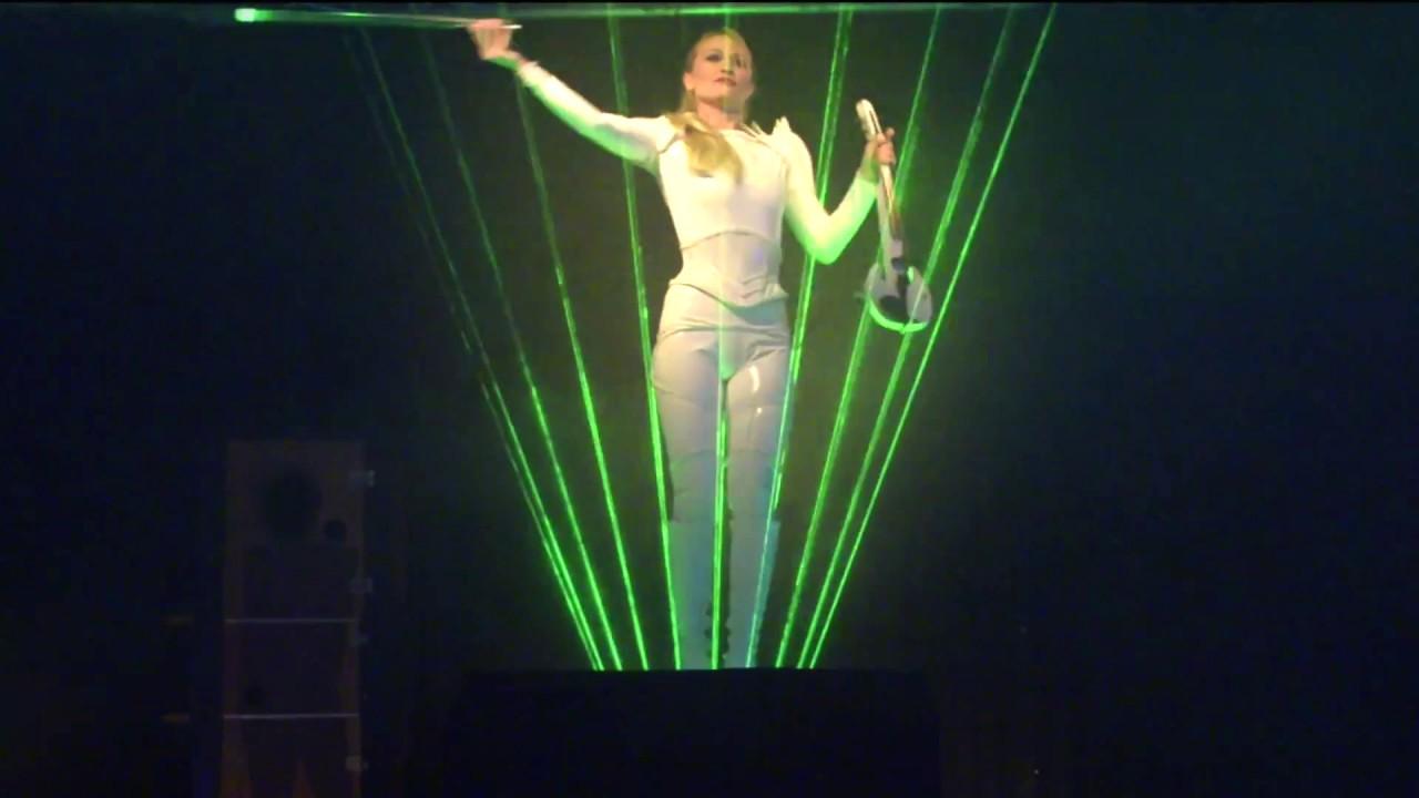 spectacle violoniste électrique lumineux Angie Big événement ciel normandie