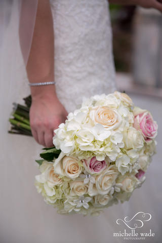 bridal bouquet roses