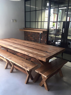 StoRage cafe table.