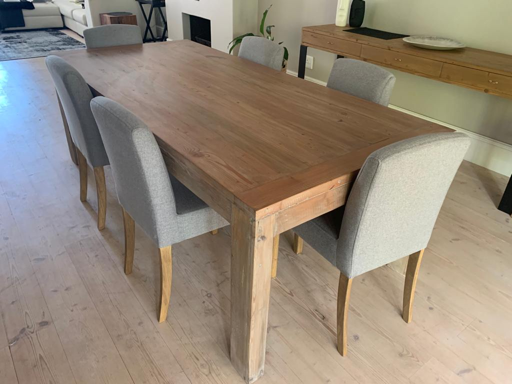 8 seater oregon table