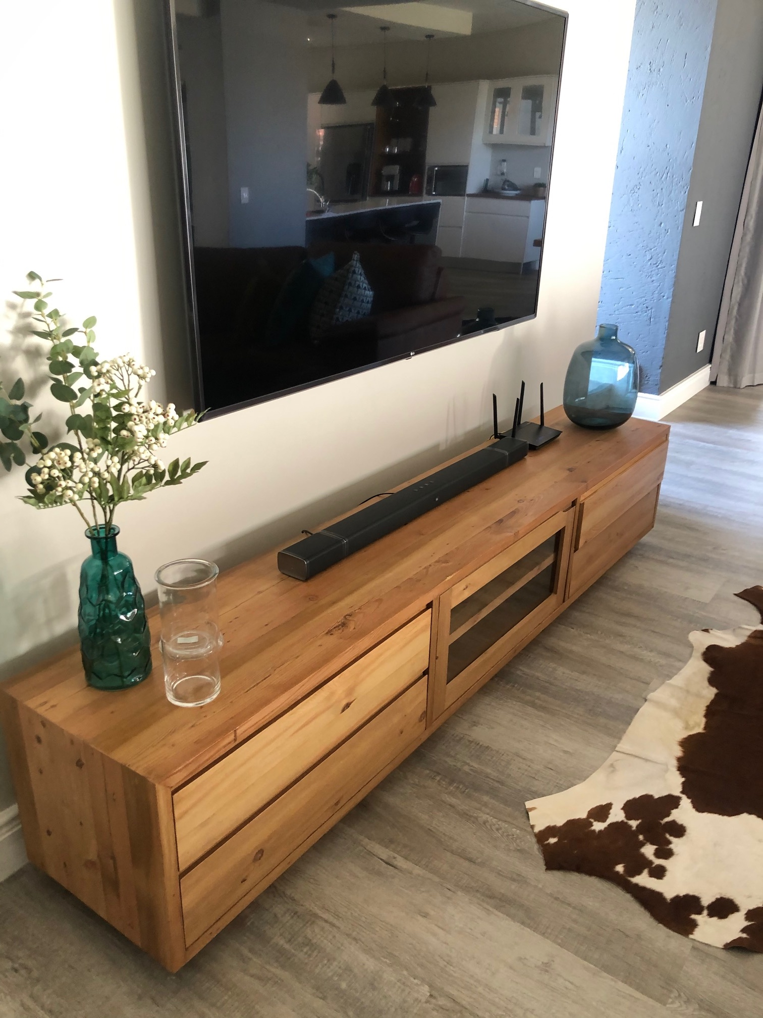 Recycled oregon table