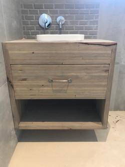 Recycled vanity unit