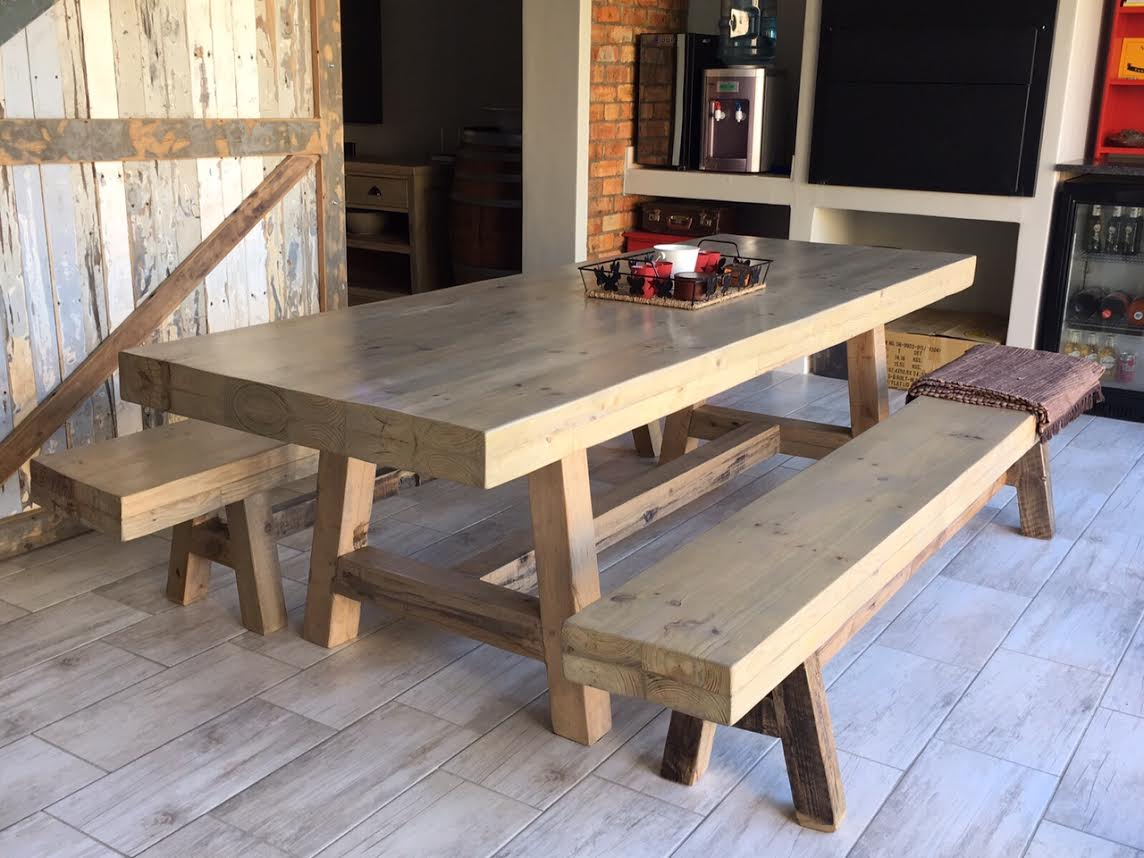 Louis recycled / rustic table + door