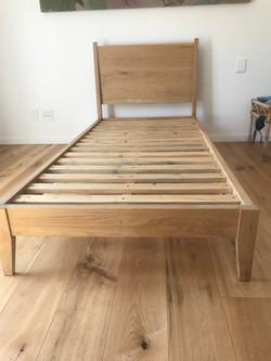 Oak single bed