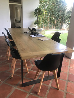 Black Leanne outdoor chairs