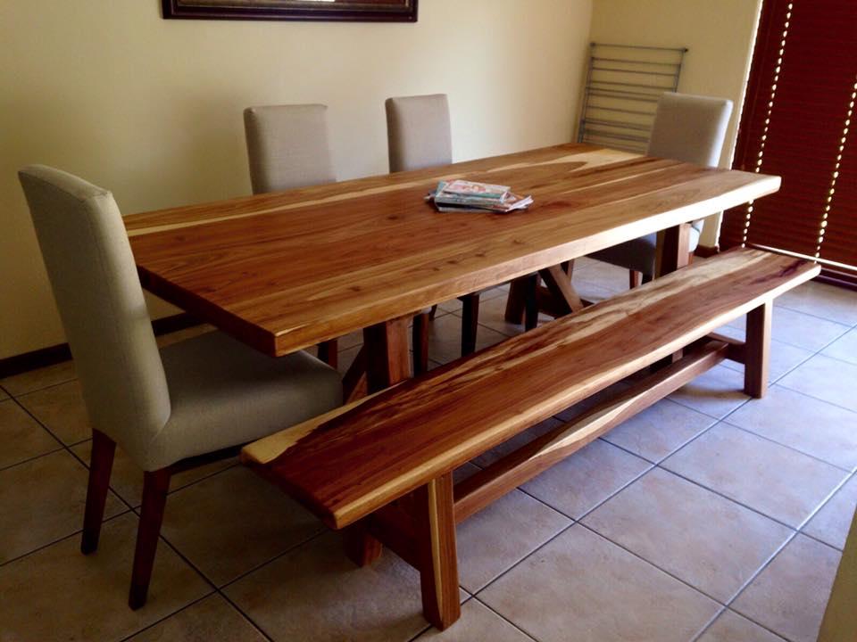 Kiaat Koel table.