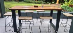 Steel and wood island stools