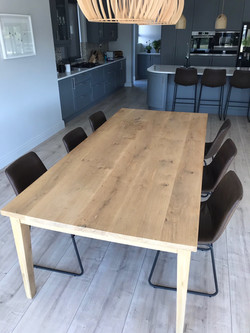 Pearl Valley Oak table