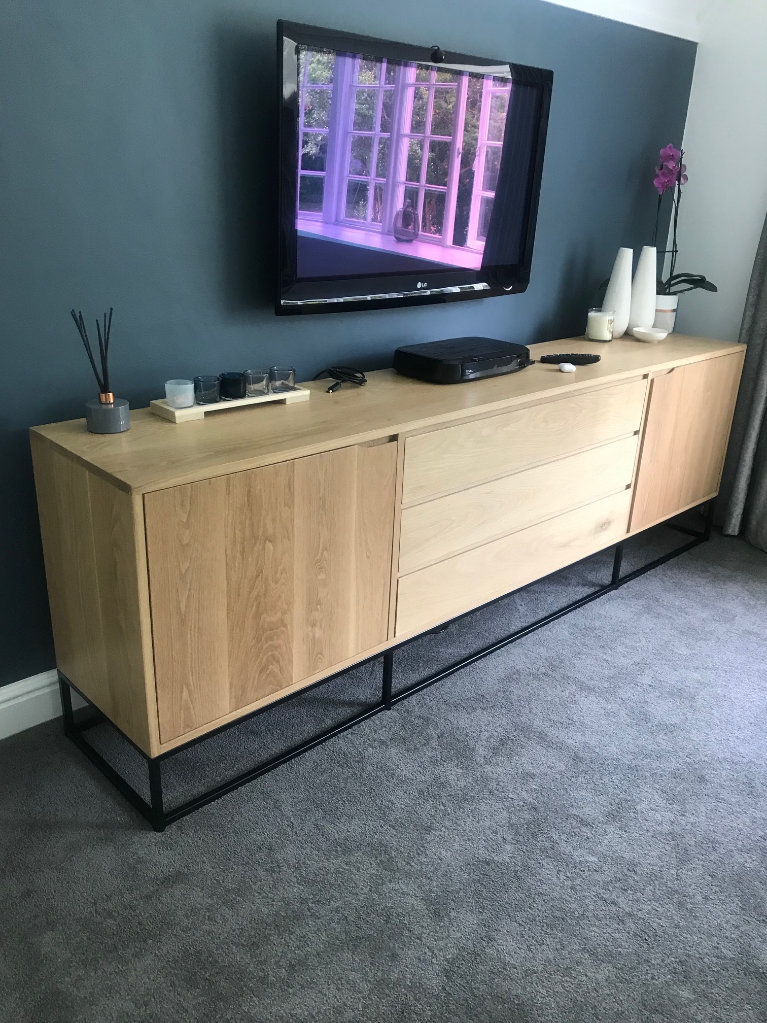 Oak on steel legs server