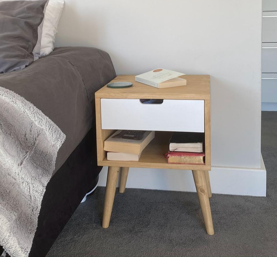 Bedside table pedestal