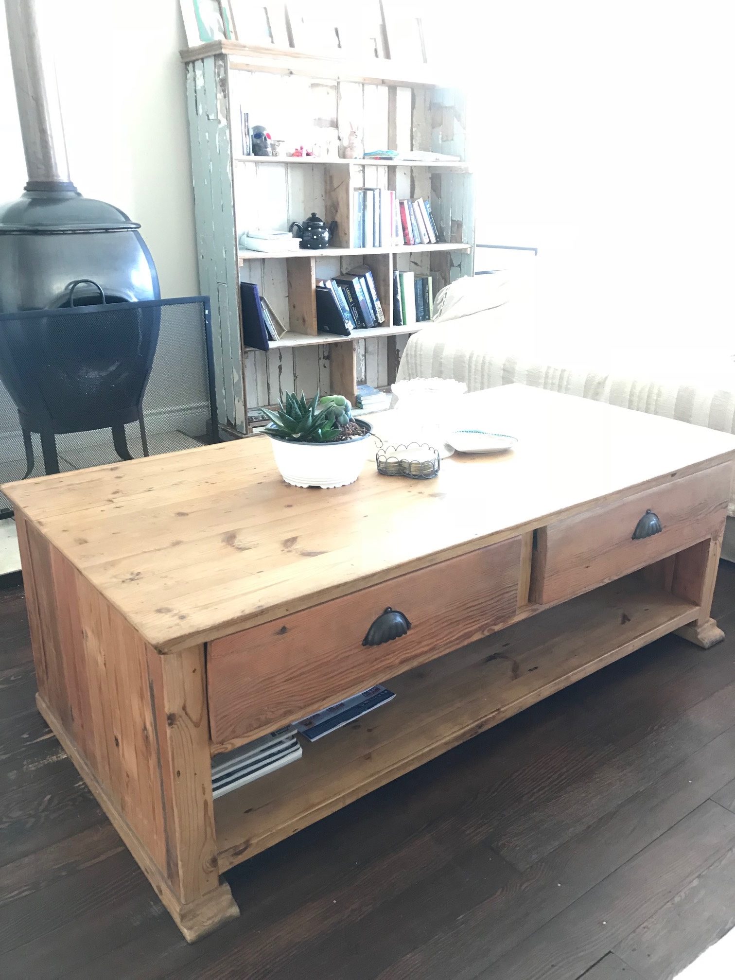 Coffee table recycled