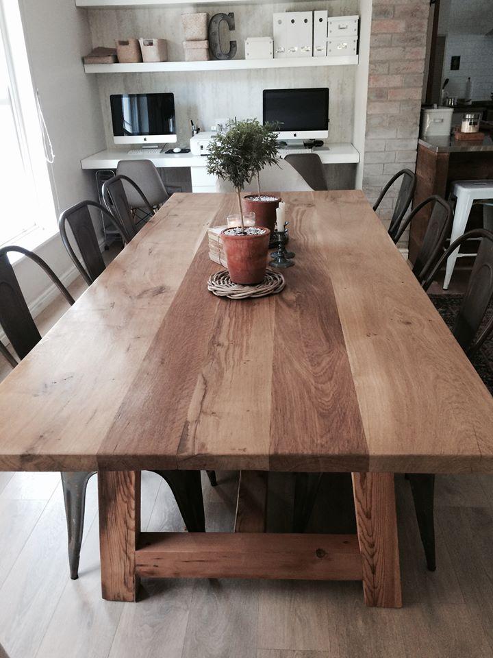 Lady Caroline oak table.