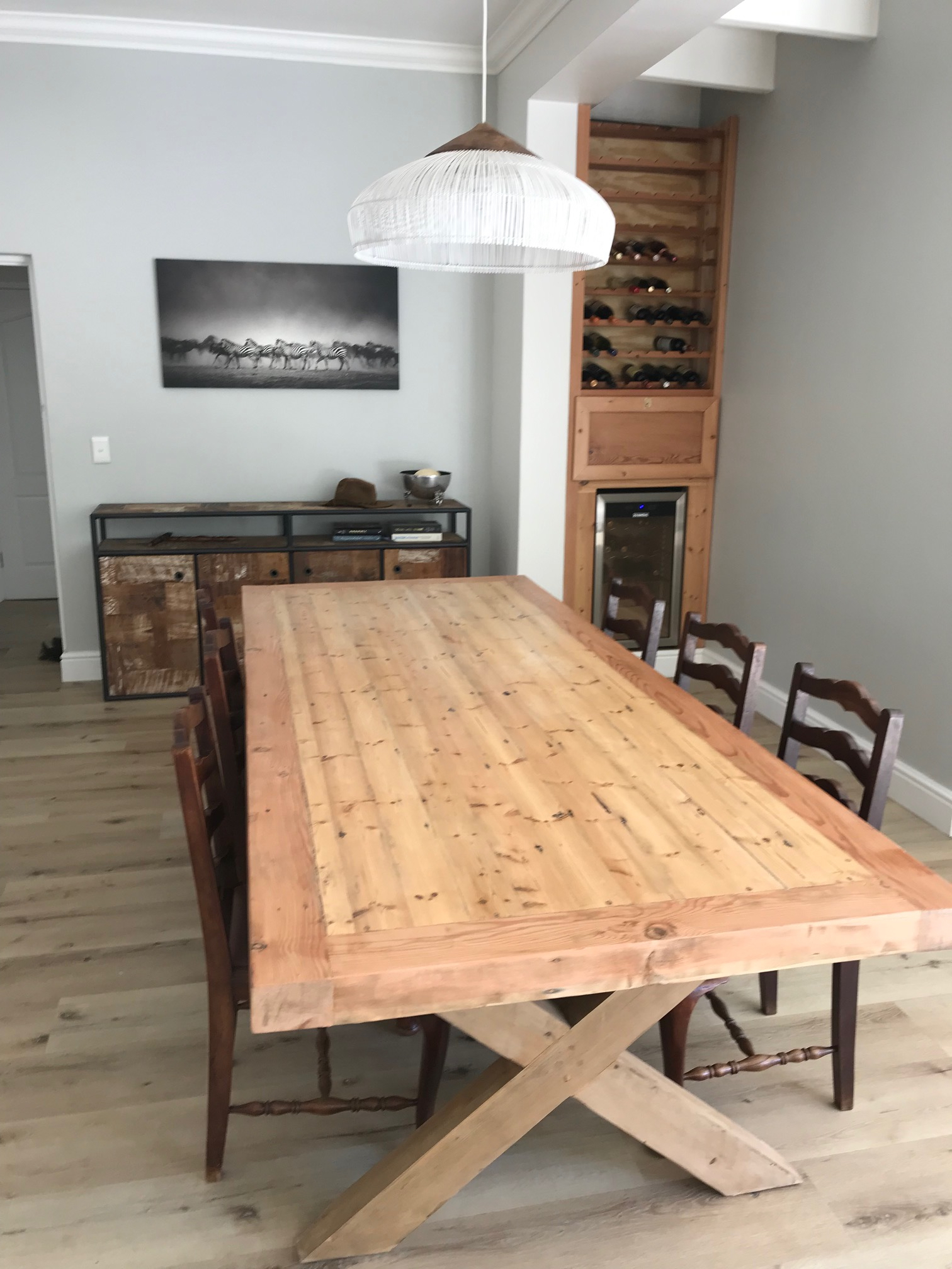10 seater Oregon table