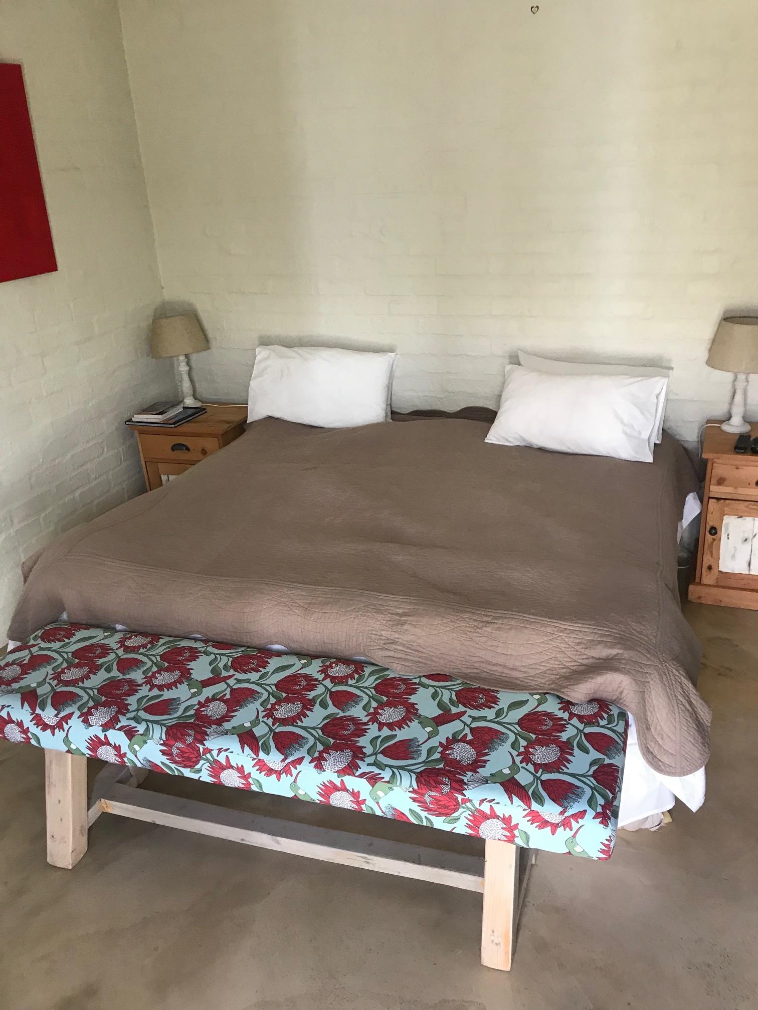 Bedside pedestals
